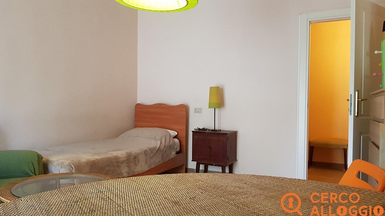 Copertina camera in affitto a Milano