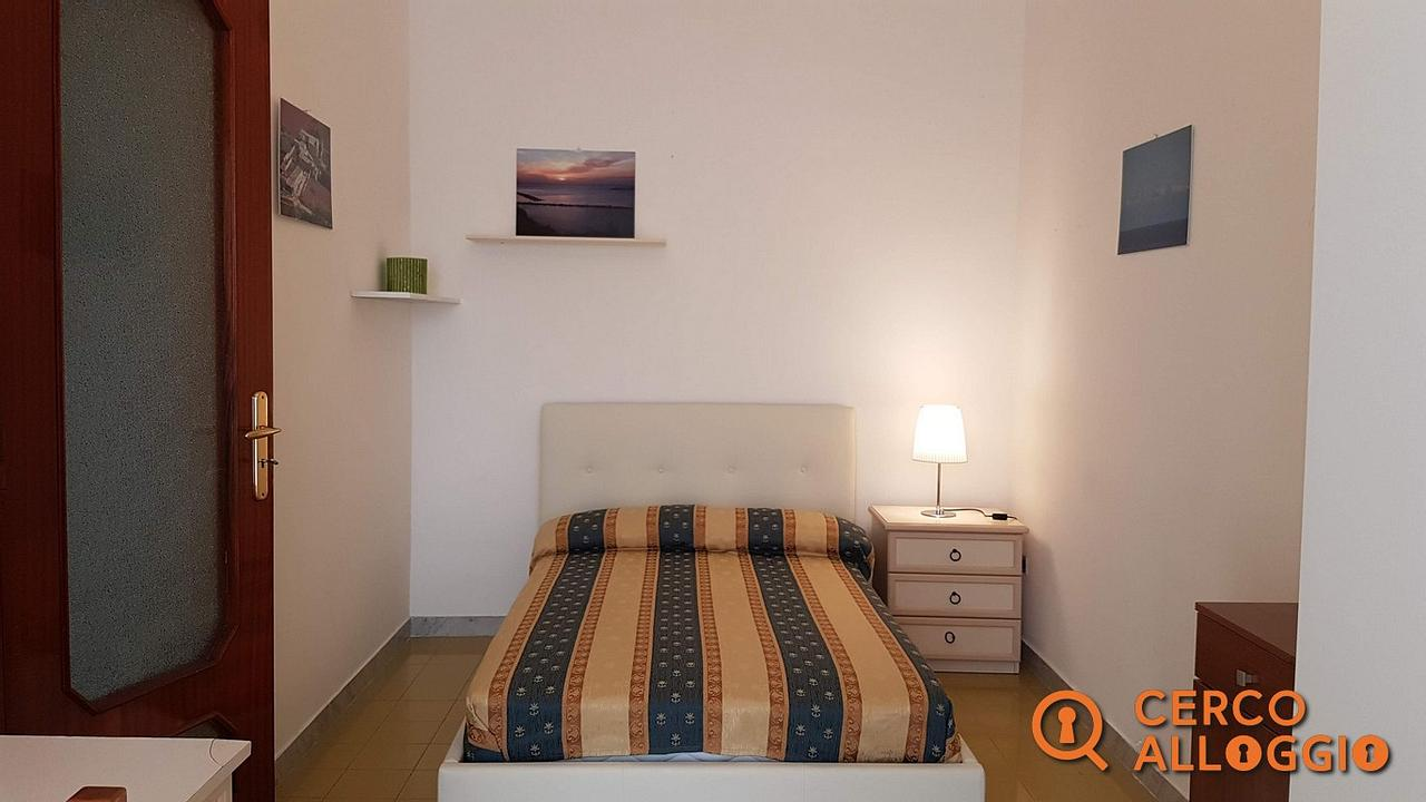 Copertina camera in affitto a Lecce